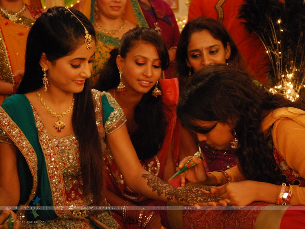 Mehndi Ceremony N Wedding : List of most popular indian wedding songs happy beginnings