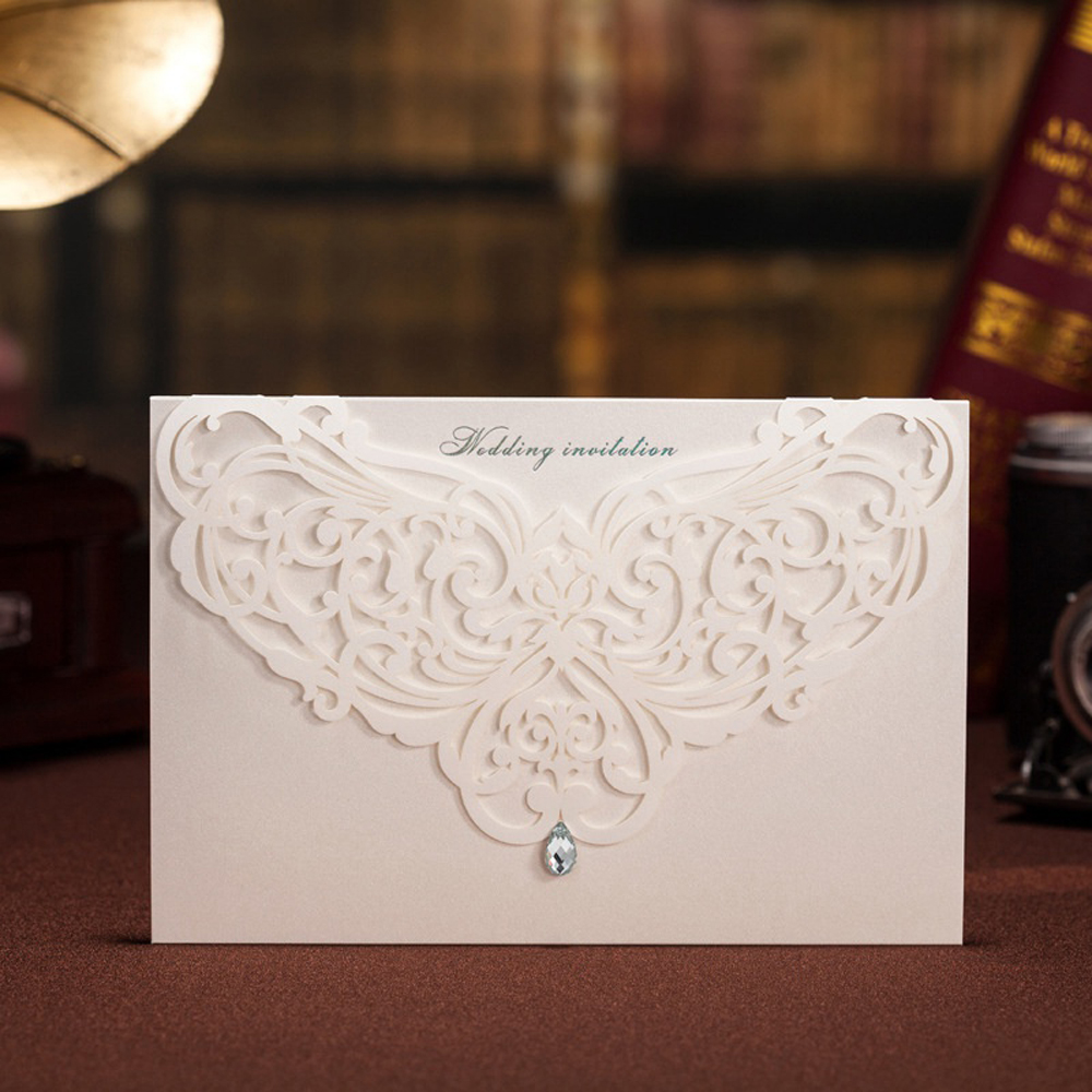 Classic Wedding Invitations With Rhinestone & Laser Cut Flower