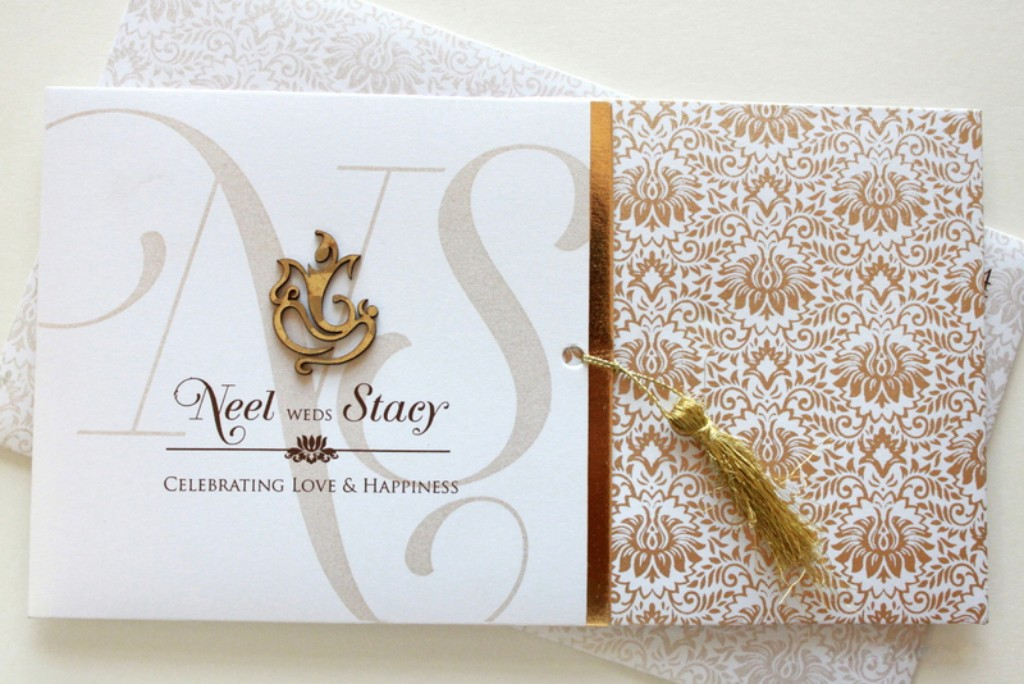 White and brown card with floral print - Click Image to Close
