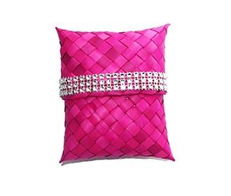 Weaved Magenta Gift P..
