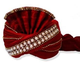 Turban in Red silk de..